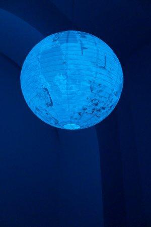 Félix González-Torres, Mina Lunzer, Jan Timme: Ready to Sleep (Arbeitstitel), curated by Sabeth Buchmann, Galerie Mezzanin Vienna, 03.10.–08.11.2014, Image 9