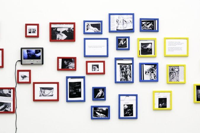 Félix González-Torres, Mina Lunzer, Jan Timme: Ready to Sleep (Arbeitstitel), curated by Sabeth Buchmann, Galerie Mezzanin Vienna, 03.10.–08.11.2014, Image 23